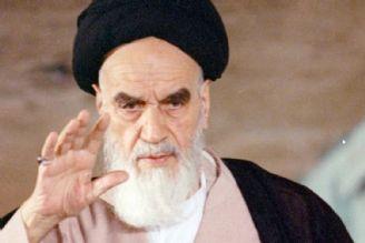 رسانهها از معرفی چهره «عرفانی» امام خمینی(ره) غافل نشوند